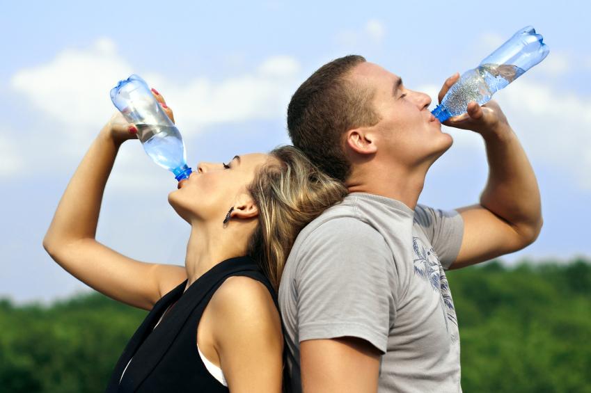 La sed, es el primer signo de deshidratación.